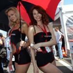 Фотографии девушек на стартовых решетках. Автогонки-23